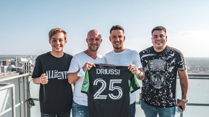 072921_Driussi-Signing_LOAYZA-8
