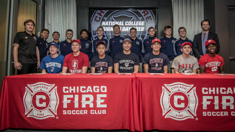 2018 signing day group