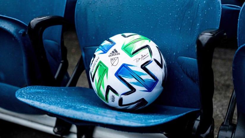 2020 mls ball stock