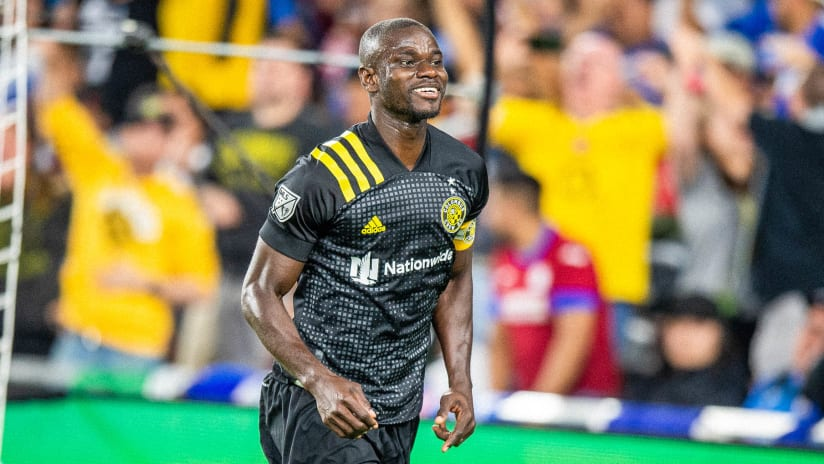 GOAL   Jonathan Mensah's near-post header seals the Campeones Cup win for the Crew