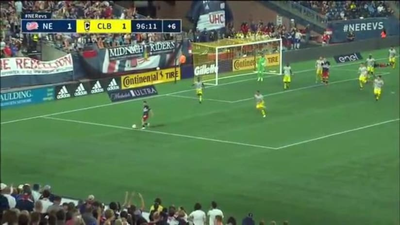 SAVE | Eloy Room with a clutch save in stoppage time