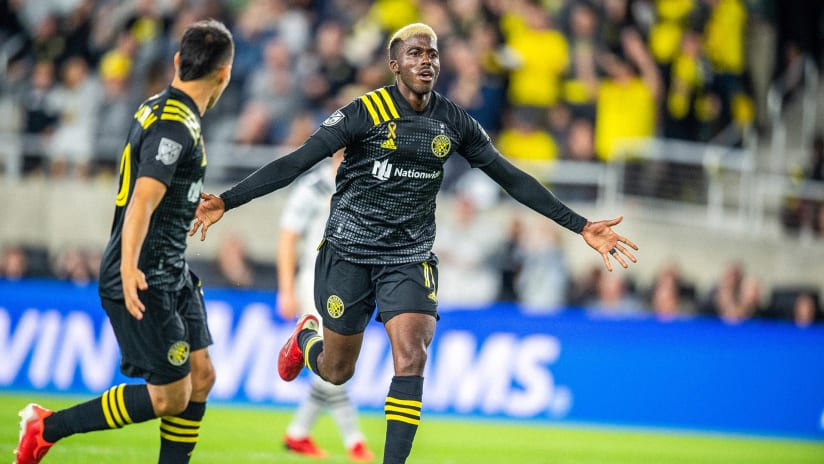 GOAL   Gyasi Zardes bags a brace with a WORLD-CLASS STRIKE from distance