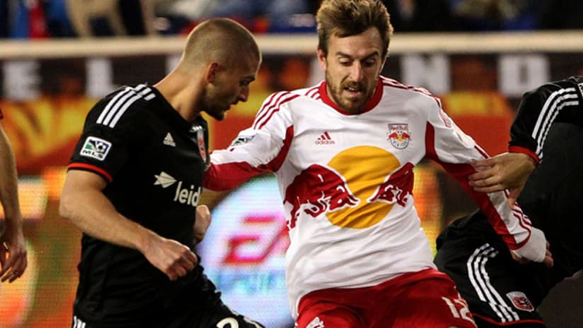 Perry Kitchen at New York Red Bulls - playoffs - 2014