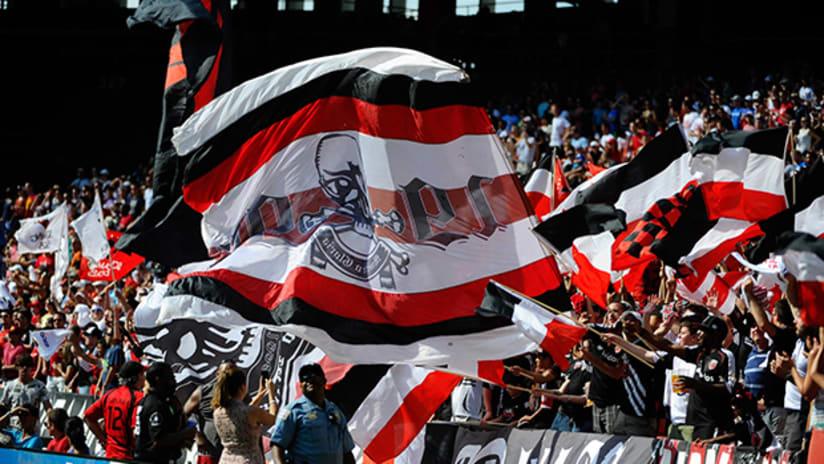 fan flags - rfk - supporters - 2014