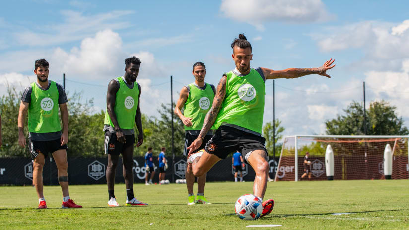 Dynamo use midseason kickball game to build camaraderie