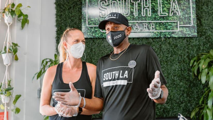 More Than A South LA Café, A South LA Community