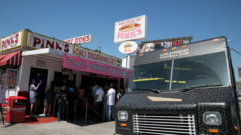 LAFC Merch Truck At Pink's Hot Dogs 180328 IMG