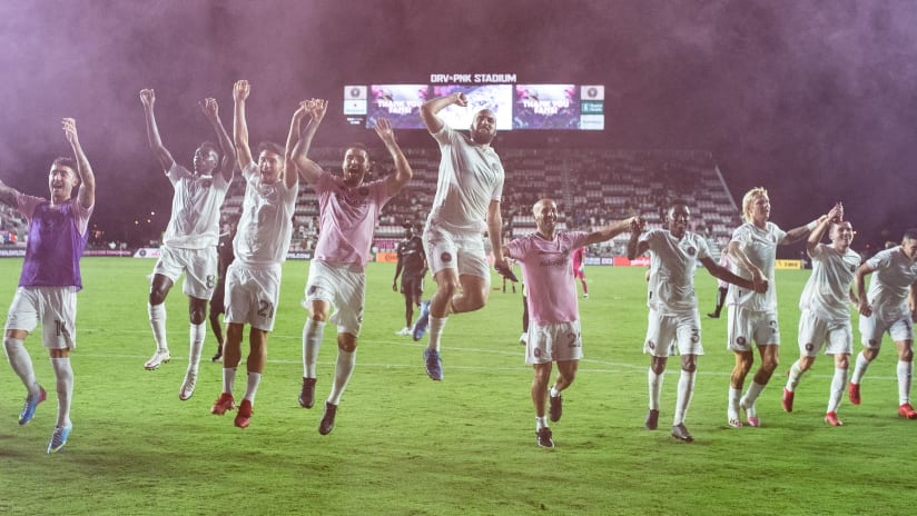Neville, Higuaín, Morgan Praise Victory, Dedicate it to Fans