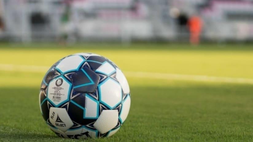 USL official ball