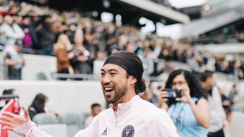 Lee Nguyen Smiling Pregame