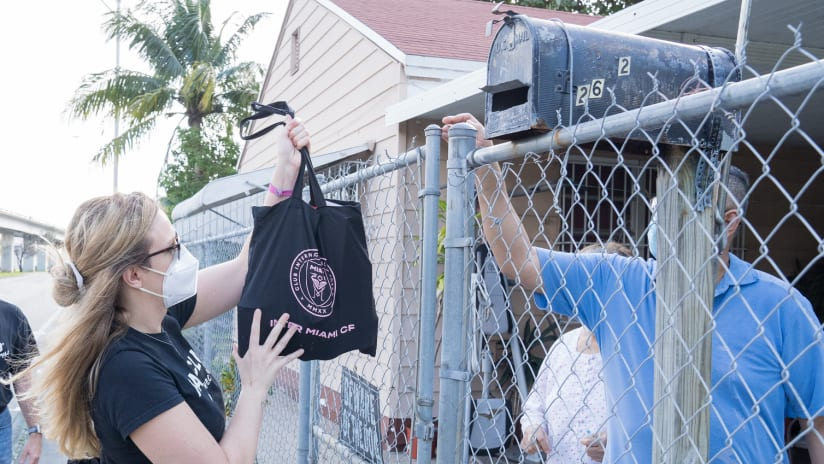 Inter Miami CF Celebrates Month of Giving with Thanksgiving Food Drive Presented by HairClub