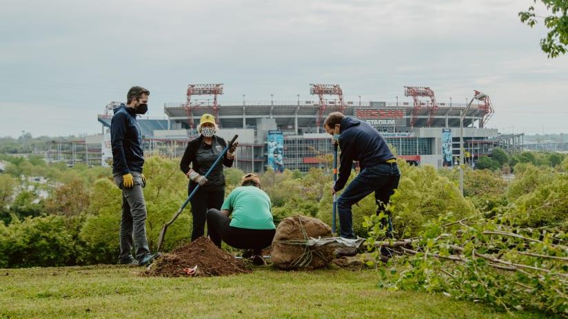 2021.04.17 Tree Planting-14