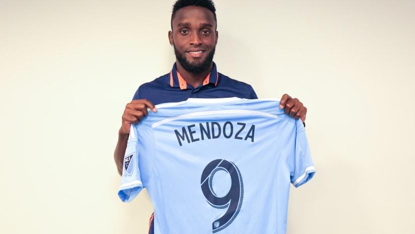 Steven Mendoza Signing