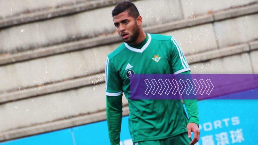 Tarek Signing 2