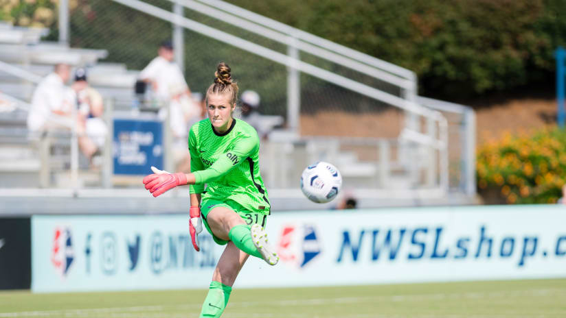Day in Pictures   Thorns with big win in North Carolina