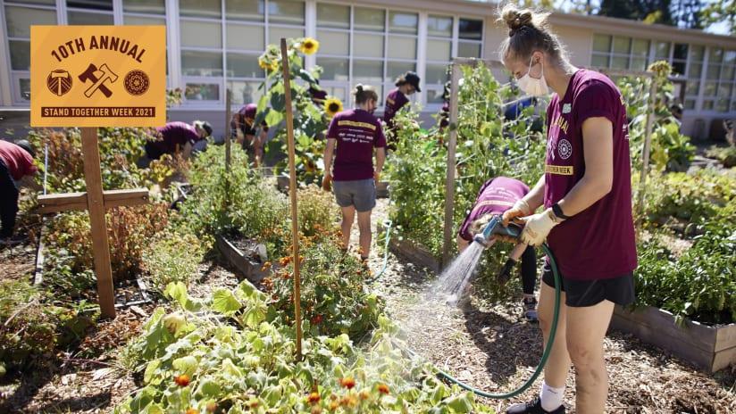 WATCH | Thorns + Grow Portland clean up Menlo Park Elementary garden | 2021 Stand Together Week