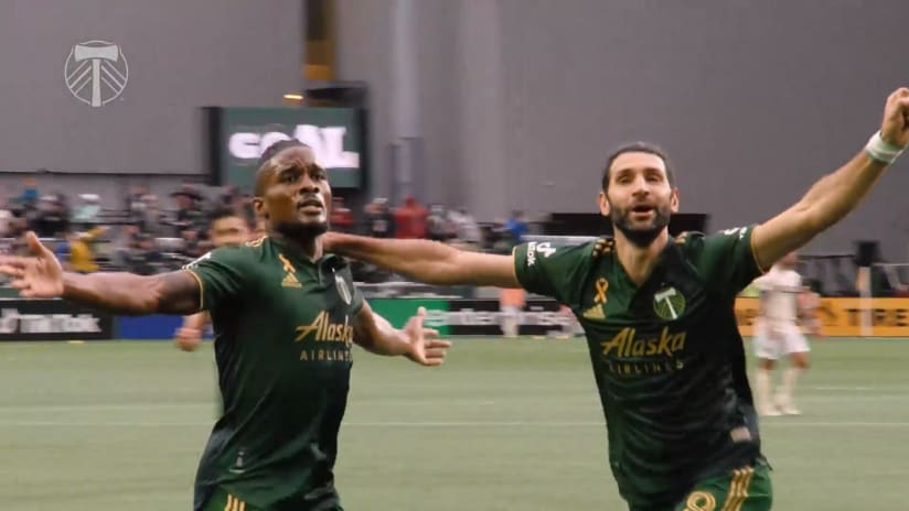 SLOMO   Fochive in the right spot to get the game-winner against LAFC