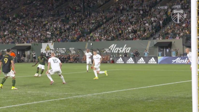 SLOMO | Yimmi Chara goes top corner in beautiful goal against RSL