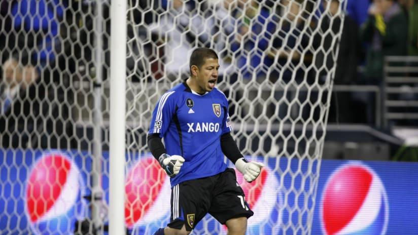 Rimando PK reaction MLS Cup 2009