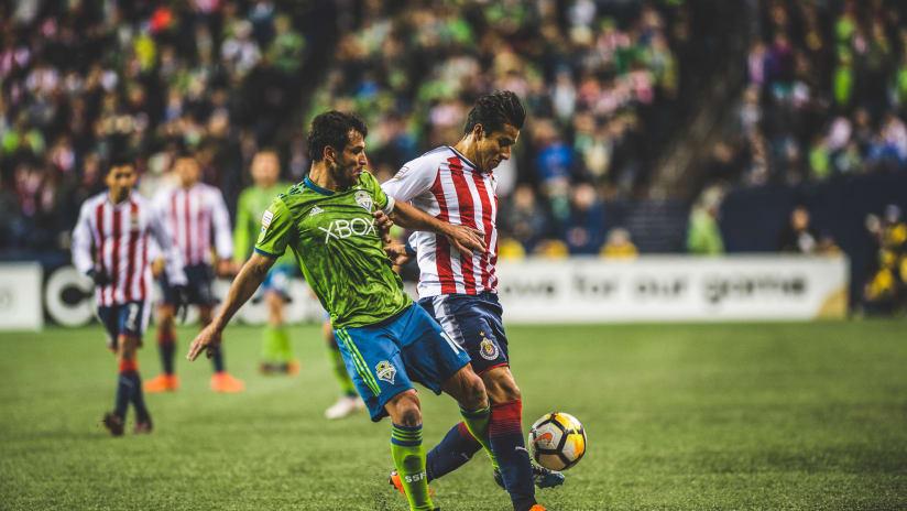 Lodeiro vs Chivas