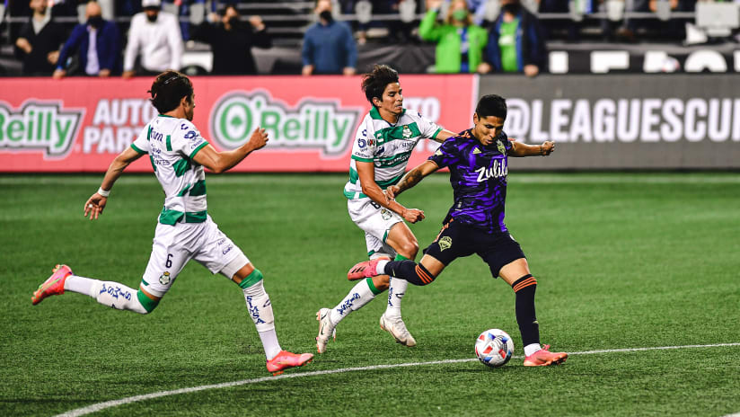 Raúl Ruidíaz torments Liga MX again as Seattle Sounders embrace opportunity to lift another trophy