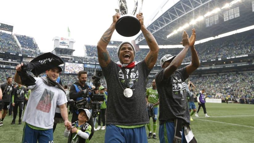 Roman Torres celebrates 2019 MLS Cup 2020-09-27