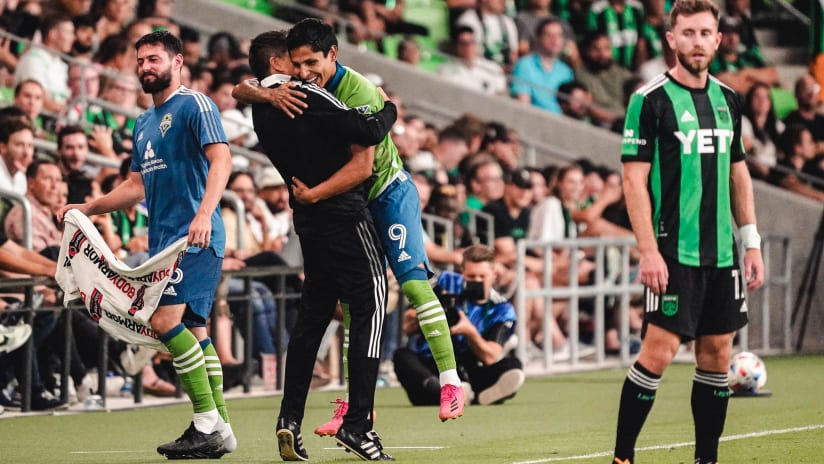 Twitter reacts to Raúl Ruidíaz's wonder-goal in ATXvSEA
