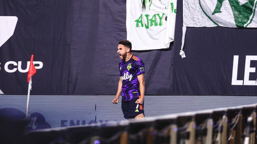 GOAL: Cristian Roldan opens the scoring in the Leagues Cup Final