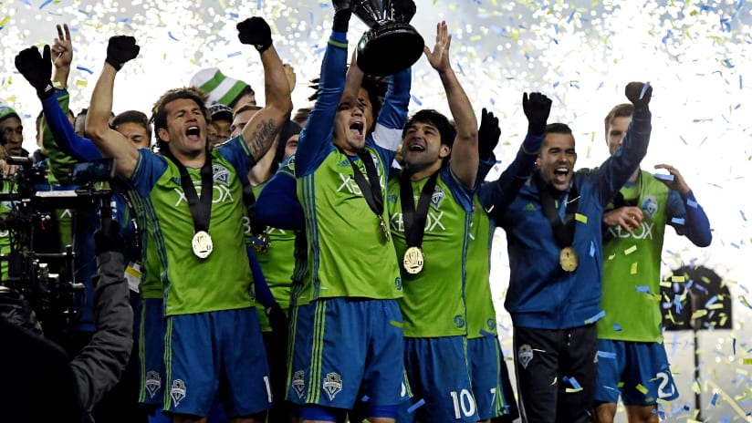 Sounders players celebrate MLS Cup 12-10-2016
