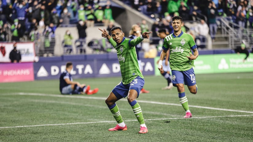 GOAL: Leó Chú punctuates win with his first Sounders goal
