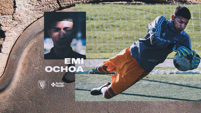 2019 - Emi Ochoa Signing
