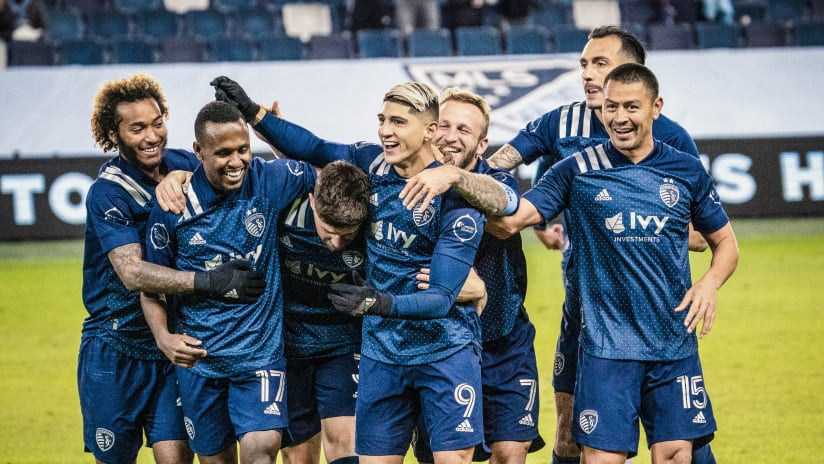 Team celebration - Sporting KC vs. Colorado Rapids - Oct. 24, 2020