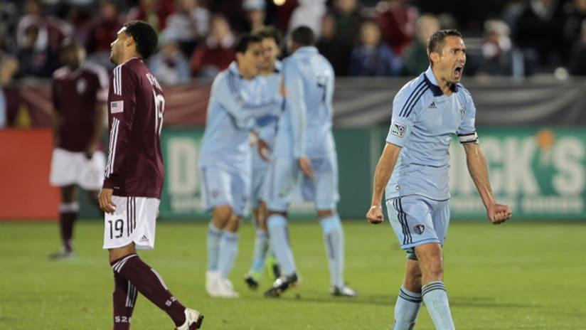 Davy Arnaud celebrates at Colorado