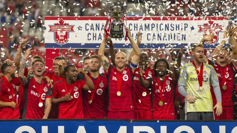 Can Champ 2018 Trophy Lift