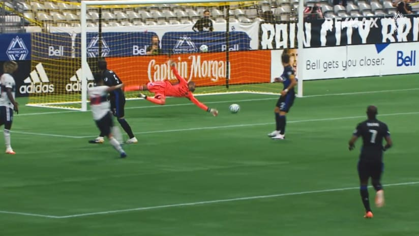 RE/MAX Move of the Match: Montero, Owusu combine for a beauty