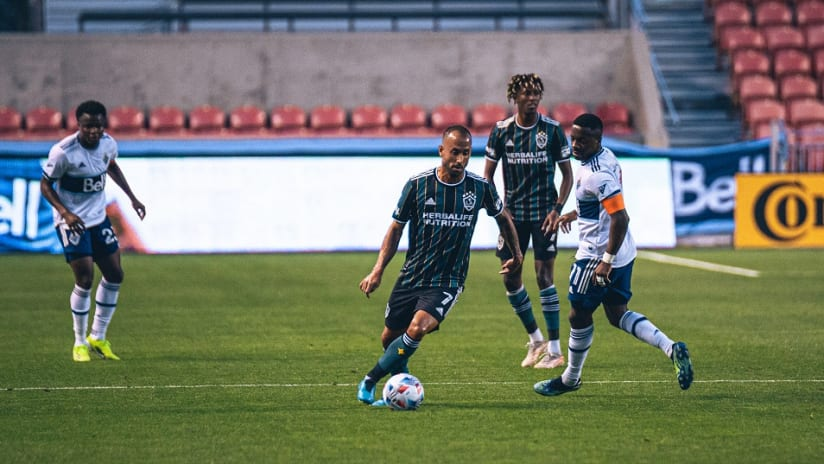 Talking tactics: Dos Santos on Galaxy's speedy wingers and quality midfield, shares thoughts on recent Cornelius loan