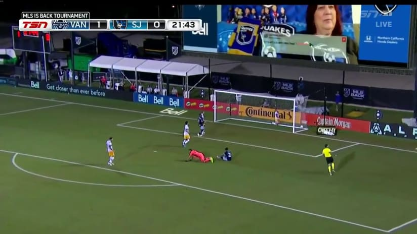 Reyna's attack leads to goal