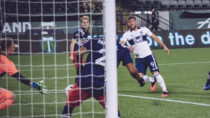 GOAL: Cavallini scores in his third straight match