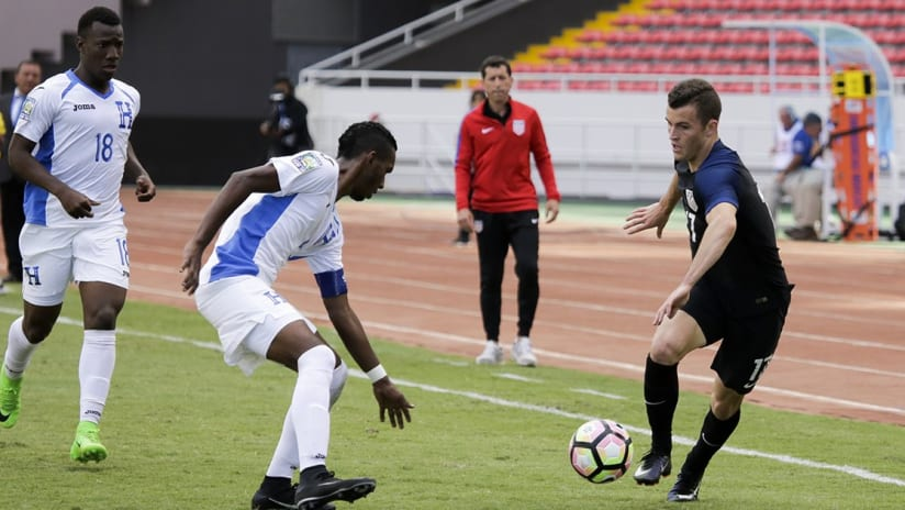 Brooks Lennon - In action during CONCACAF U-20 Championship vs. Honduras