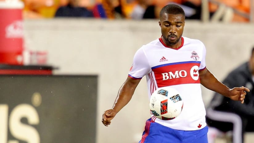 Ashtone Morgan - Toronto FC - action - isolated