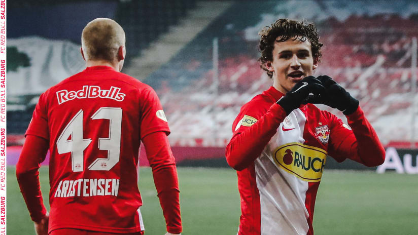 Brenden Aaronson - RB Salzburg - celebrates first goal