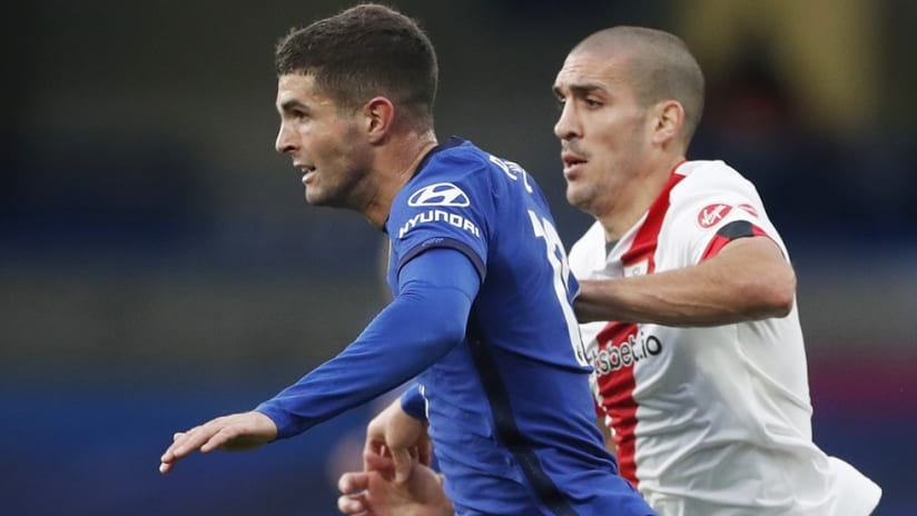 Christian Pulisic - Chelsea - pull away from defender
