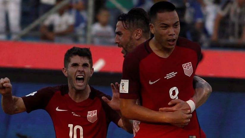 Bobby Wood vs. Honduras - USA - Celebrates
