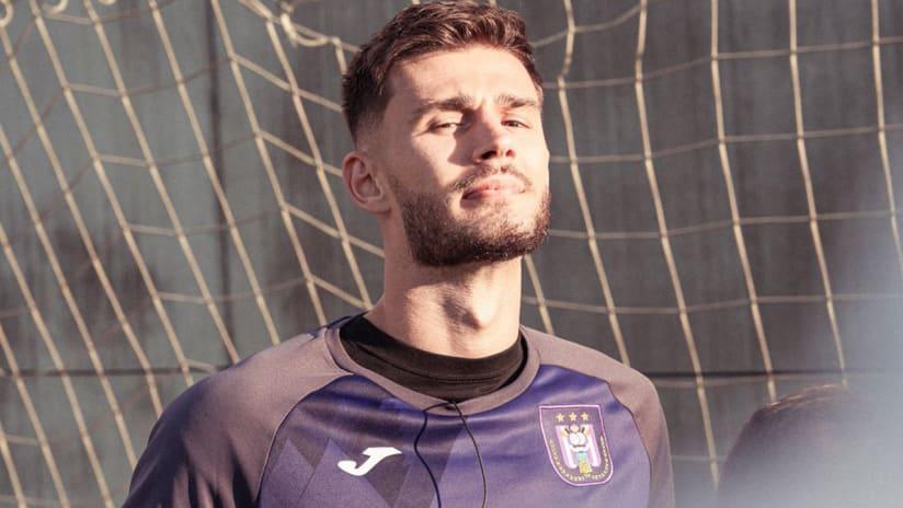 Matt Miazga -RSC Anderlecht - posing