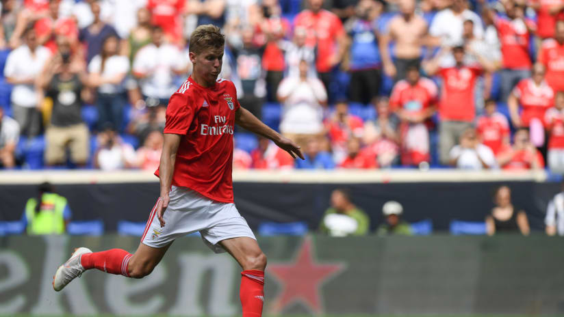 Keaton Parks - takes a penalty for Benfica