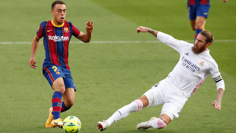 Sergino Dest - Barcelona - tackled by Sergio Ramos - Real Madrid