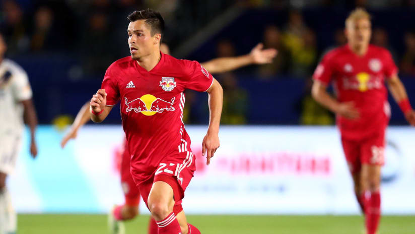 Florian Valot - New York Red Bulls - action