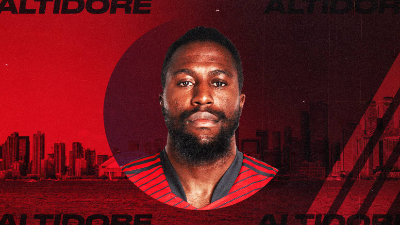 """Toronto GM Ali Curtis: Jozy Altidore still training on his own, """"all options are on the table"""""""