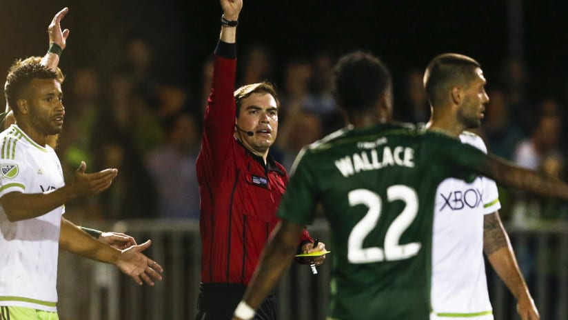 Clint Dempsey gets a red card at US Open Cup, June 2015