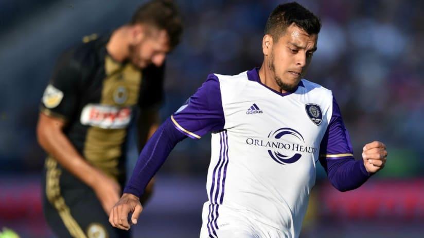 Matias Perez Garcia running - Orlando City - 10/16/16